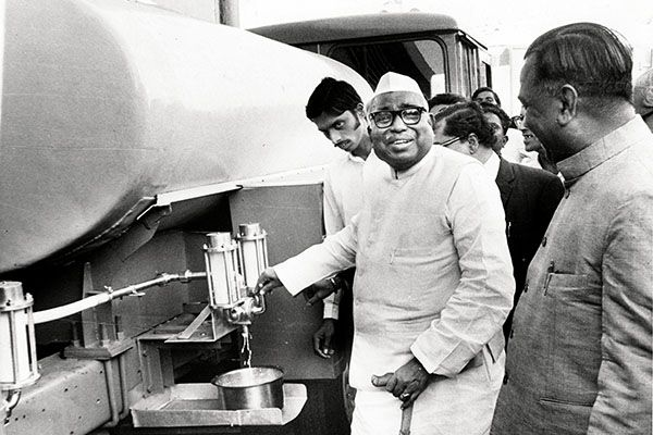 Image: THE TIMES OF INDIA GROUP. © BCCL. ALL RIGHTS RESERVED Jagjivan Ram, Union Minister for Agriculture and Irrigation, inaugurates a dairy at Kurla in Bombay on February 9, 1976